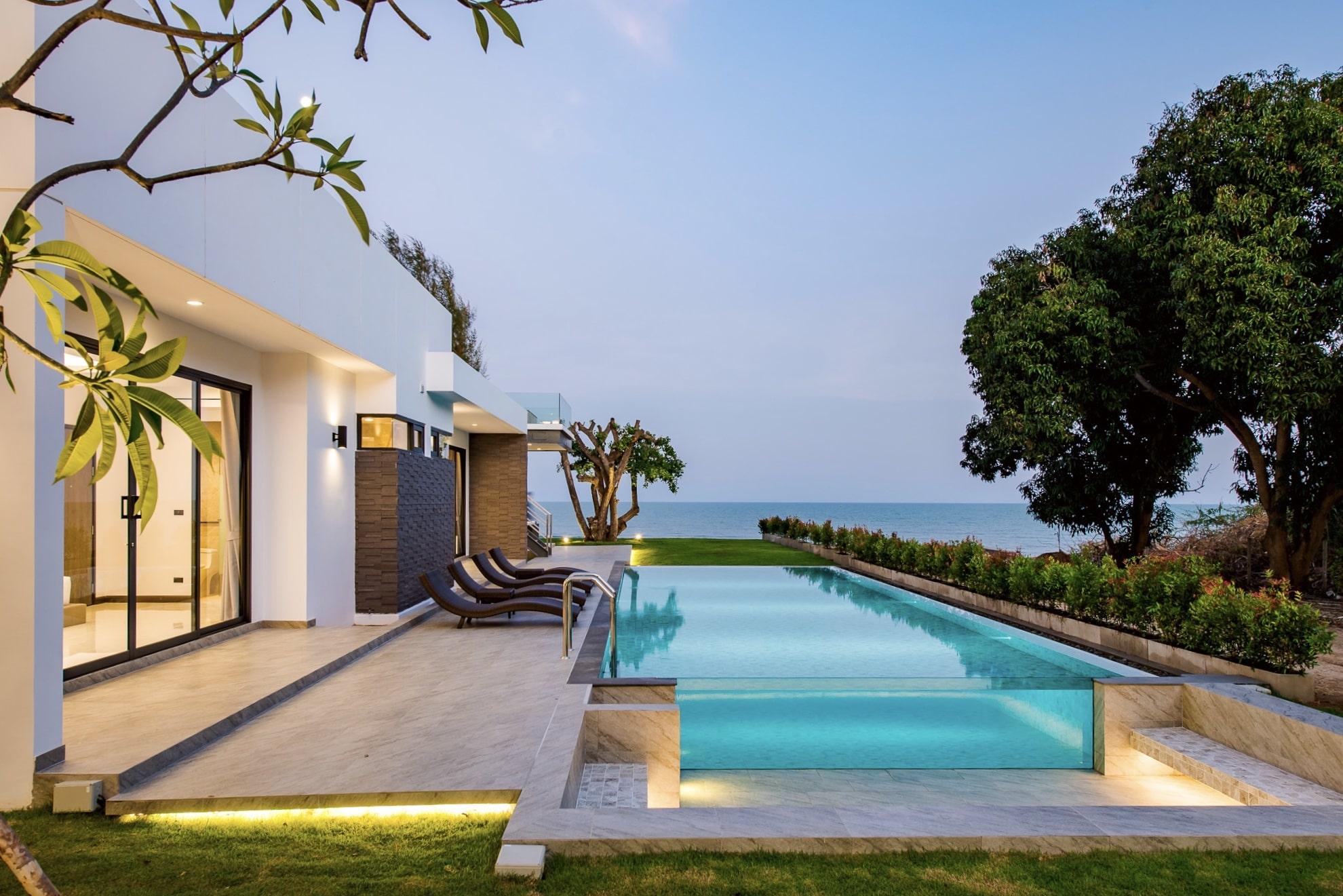 Offer Pool Villa Bangsaen